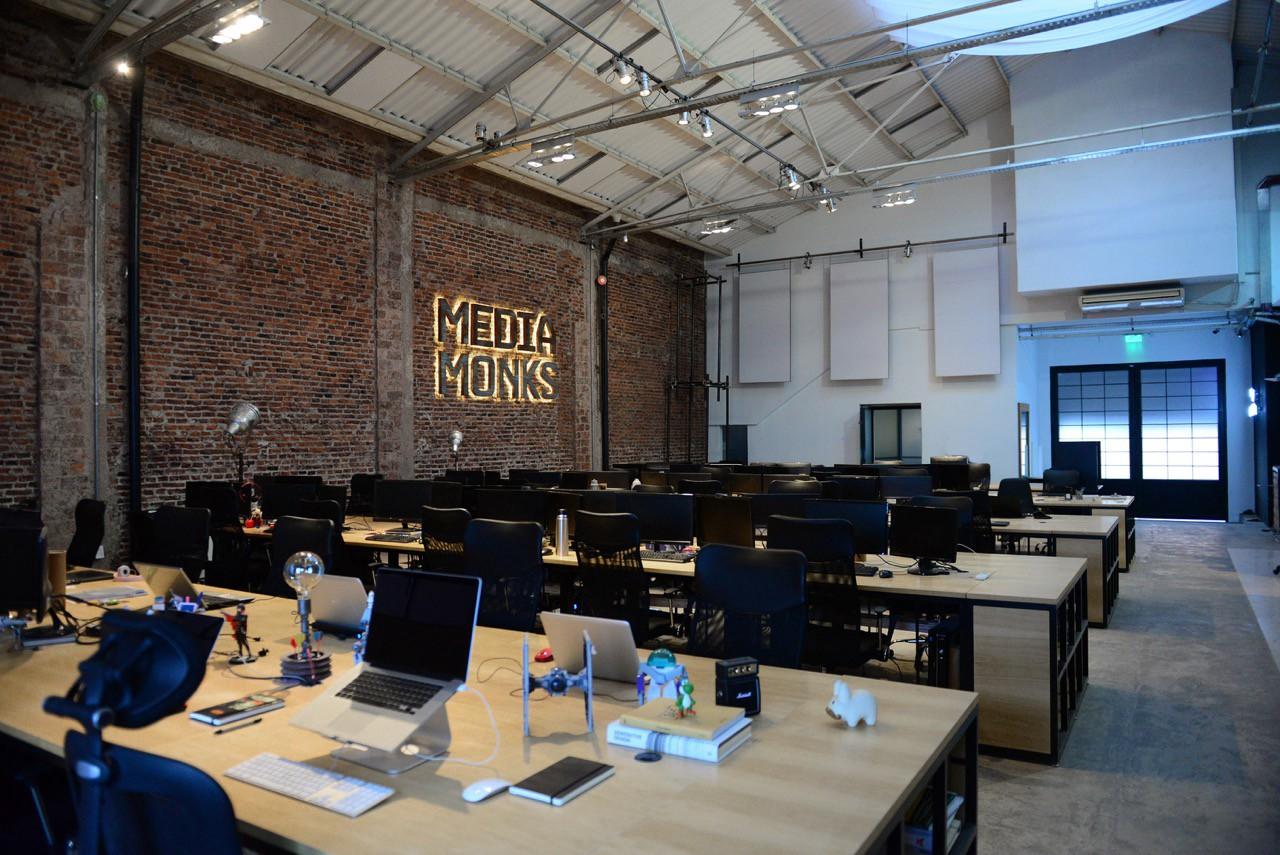 Elevate Talks: Alejandro Lazos. We visited MediaMonks Office in Buenos… |  by Josefina Blattmann | Medium